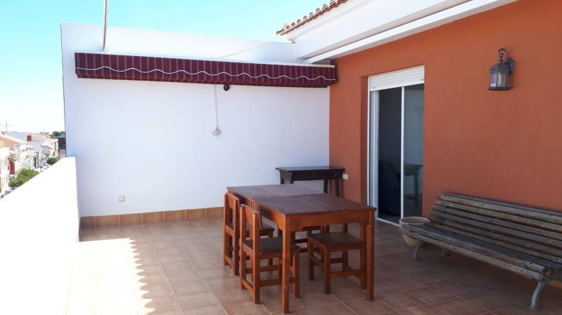 http://www.inmobiliariapiqueras.com